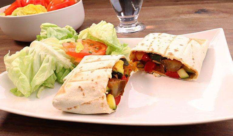 burrito au poulet et légumes