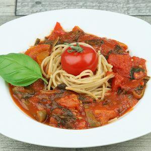 sauce tomates, épinards, poivrons