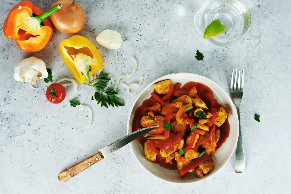 Sauté de poulet et poivrons au curry